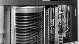 IBM RAMAC 305 hero