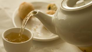 tea pouring thumb