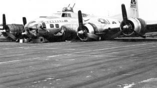Belly landing B-17