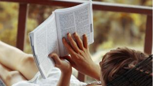 reading thumb